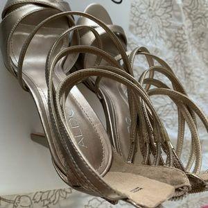 Aldo shoes / Haertel gold strappy heels
